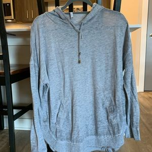 Casual grey hooded long sleeve tee